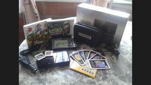 Nintendo 3ds + 2 Juegos Originales + Estuche Original