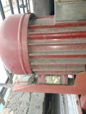 Ventilador Extractor Trifacico 8 Abanicos 31 Pulgadas.