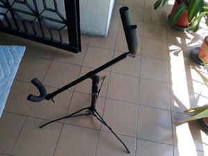 Paral O Stand Para Saxofon Barítono De Hierro Resistente