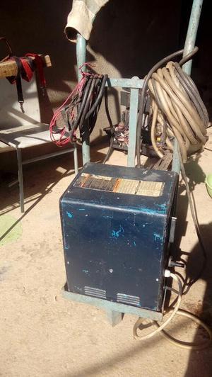 Maquina de Soldar Miller 225