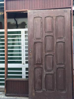 Puerta de Entrada Principal con protecci
