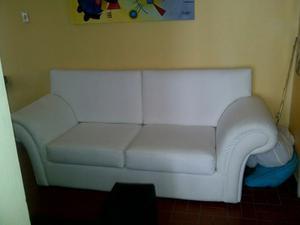 Mueble De Cuero Sintético Prácticamente Nuevo
