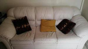 Sofa 3 Puestos En Bipiel, Usado