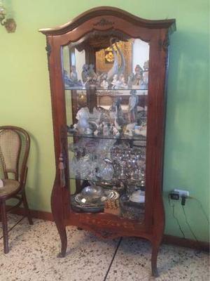 Vitrina Antigua De Madera Y Cristal