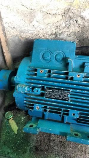 Motor eléctrico industrial