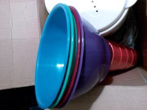 vasos y platos plasticos