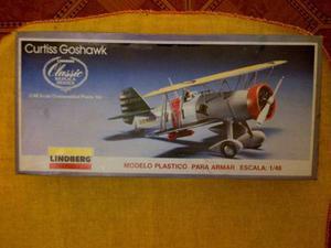 Avión Armable Lindberg Curttiss Goshawk