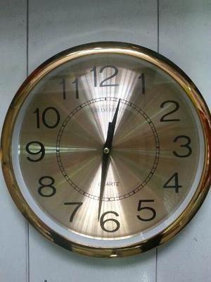 Reloj De Pared Dorado Grande De 30cm De Diametro Elegante