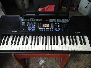 teclado LP semi profecional