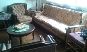 Juego De Muebles Con Mesa De Centro Y Seibo.