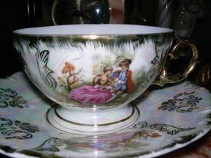 Juego De Taza Y Plato De Porcelana Marca Ariston Fine China