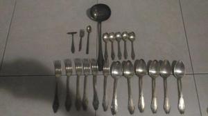 Juego de cubiertos de plata italiana 900 antiguos posot for Cubiertos de plata precio