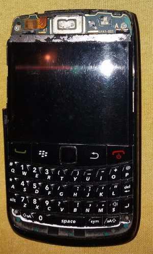 Vendo Blackberry Bold 4 Con Pantalla En Blanco Para Repuesto