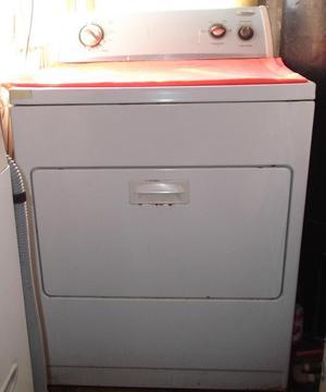 Secadora usada Marca Whirlpool