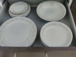 Platos desechablescubiertos desechablesbandejas posot class for Vajilla de platos