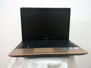 Laptop Samsung Np300e4a