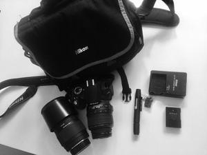 Camara Nikon D + Lente Sigma + Bolso + Kit De Limpieza