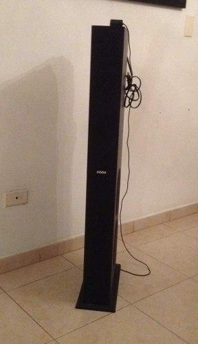 Corneta Amplificada Tipo Torre Con Puerto Para Ipod