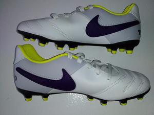Tacos De Futbol Nike Originales De Usa Tiempo! Talla 32