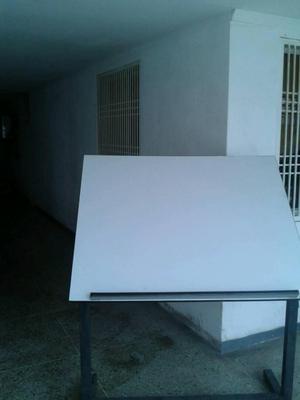 Mueble para diseño y arquitectos