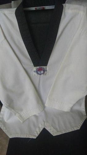 Kimono O Dobok De Taekwondo