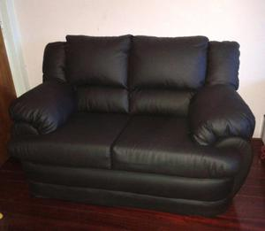 Sofas De 3 Y De 2 Puestos + 1 Poltrona En Bipiel