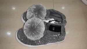 Zapatos De Moda Para Niñas Con Pompones