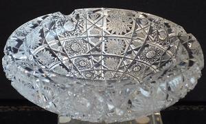 Cenicero de Fino Cristal de Bohemia pieza única y exclusiva