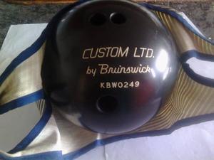 Bola De Bowling Brunswick 16 Lbs. De Colección Negra