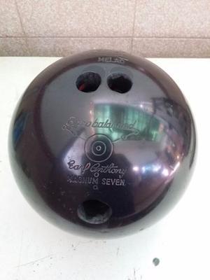 Bola De Bowling Marca Ebonite Modelo Magnum 7