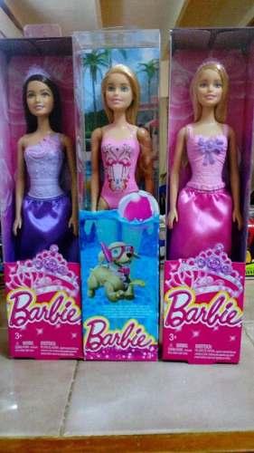 Muñeca Barbie Princesa Ojo! Original De Mattel Nueva