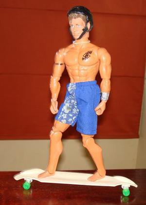 Ken Con Patineta Como Figura De Accion Max Steel Original