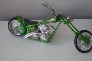 Moto De Juguete Tipo Chopper De Coleccion
