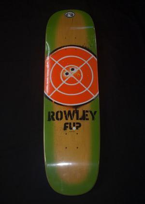Tabla De Patineta Standard Marca Flip Modelo Rowley Pistol
