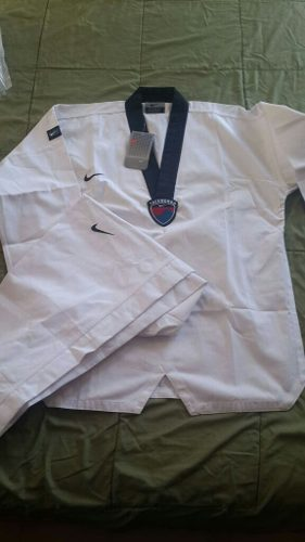 Uniforme, Dobok Taekwondo. Nike Original