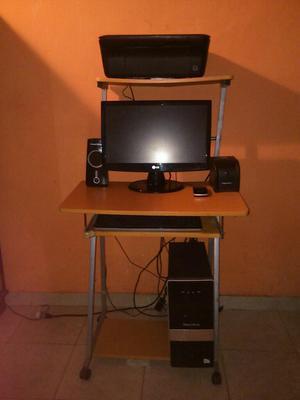 Computadora de mesa con impresora posot class for Mesa para computadora