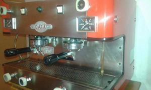 Cafetera Industrial Gaggia 2 Grupos Y Tetera Usada Leer D