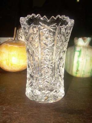 Florero De Cristal Bohemia Tallado De Gran Diseño En