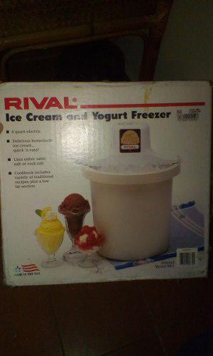 Máquina Para Hacer Heladoy Yogurt Marca Rival