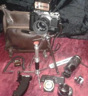 Equipo Fotográfico Profesional Olympus Om-2 Con Accesorios