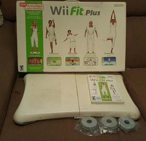 ¡click! Tabla Wii Fit Plus + Caja + Juego Wii Fit