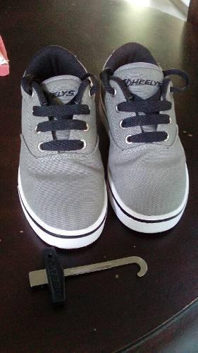 Zapatos Con Ruedas Patines Marca Heelys Para Niños Talla 31