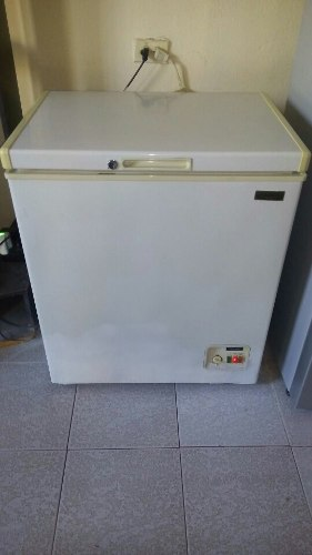 Freezer Keyton De 195 Lts
