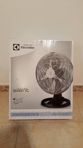 Ventilador Electrolux Silent De Mesa O Pared De 12 Pulgadas