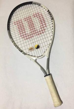 Raqueta De Tenis Wilson 3 5/8 Con 2 Estabilizadores