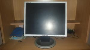 Monitor Lcd Samsung Syncmaster 17 Modelo 740n