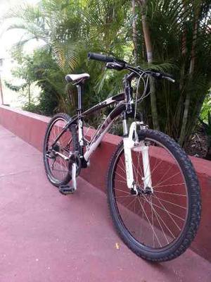Bicicleta Fuji Rin 26