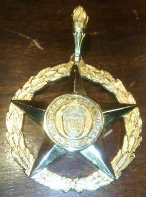 Medalla De Grado De La Universidad Del Zulia Luz