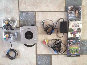 Nintendo Gamecube + 2 Controles +4 Juegos +memory Card En Ex
