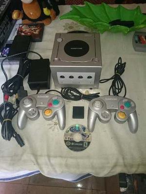 Nintendo Gamecube Original + Juego + 2 Controles + Cables
